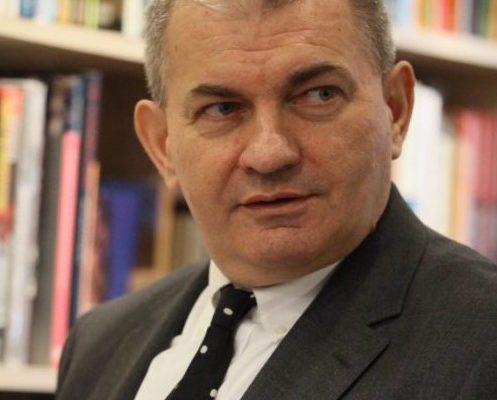 Декан Факултета политичких наука проф. др Драган Р. Симић изабран за председника Етичког одбора Универзитета у Београду