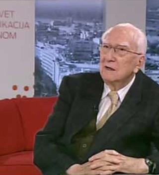 Преминуо редовни професор у пензији Факултета политичких наука др Душан Петровић