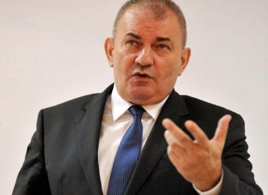 Професор др Драган Р. Симић реизабран за декана ФПН-а